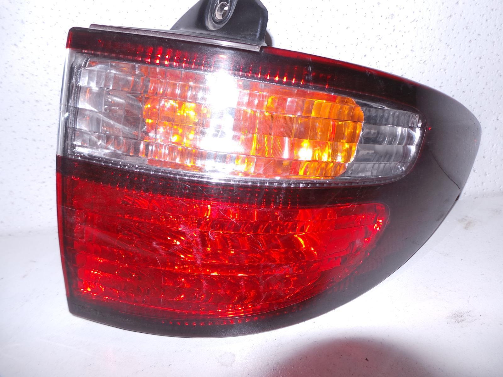 TOYOTA ESTIMA, Right Taillight, XR30/XR40 00-06