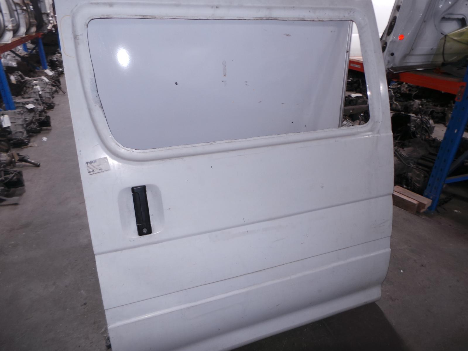 TOYOTA HIACE, Left Rear Door/Sliding, RZH10#, FACTORY, FIXED GLASS TYPE, P/N 6700426120, 11/89-12/04