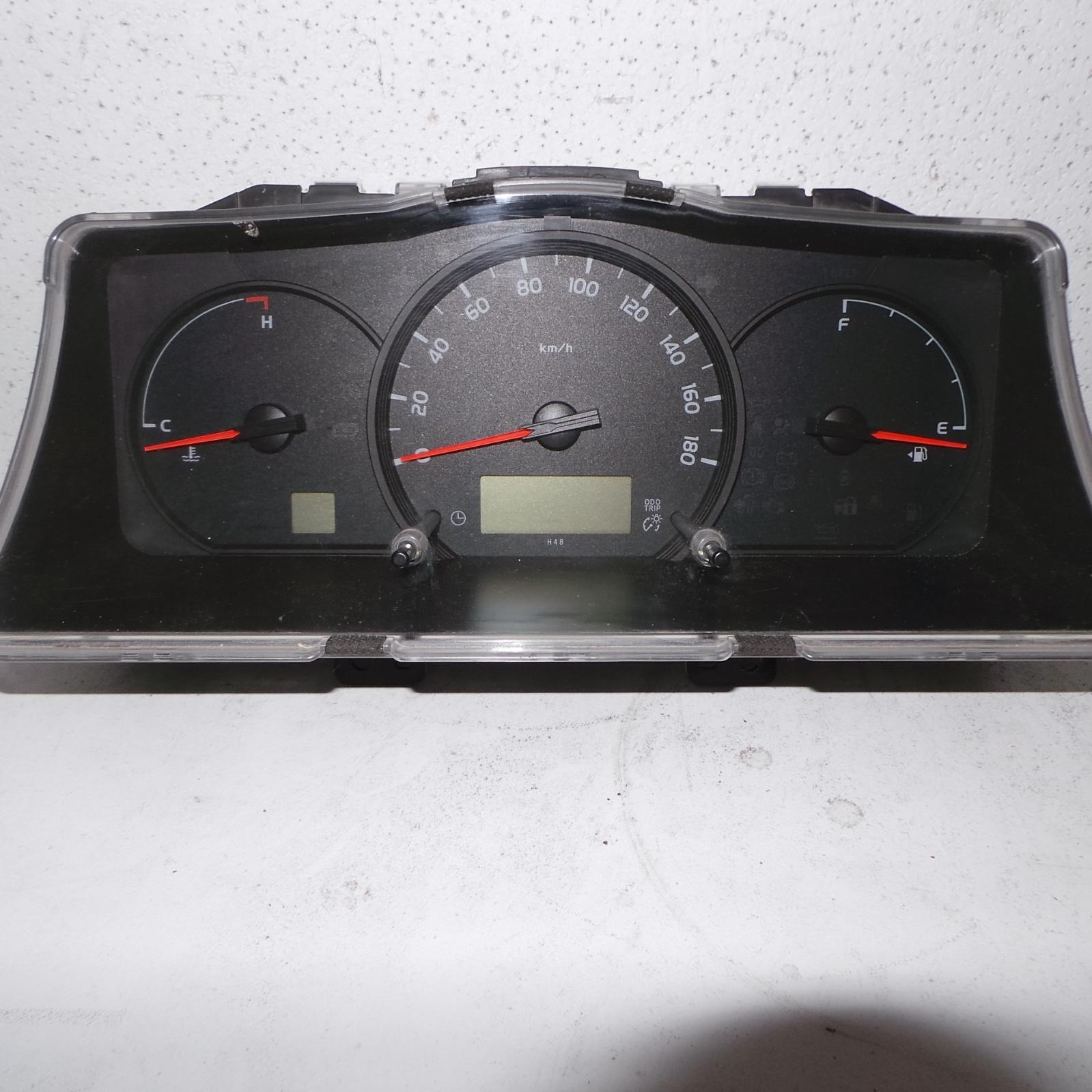 TOYOTA HIACE, Instrument Cluster, DIESEL, AUTO T/M TYPE, KDH, 02/14-