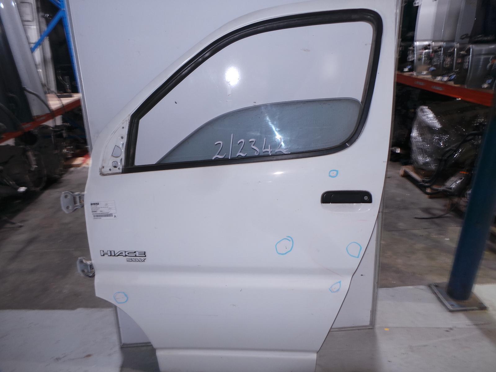 TOYOTA HIACE, Left Front Door, SBV 10/95-02/04