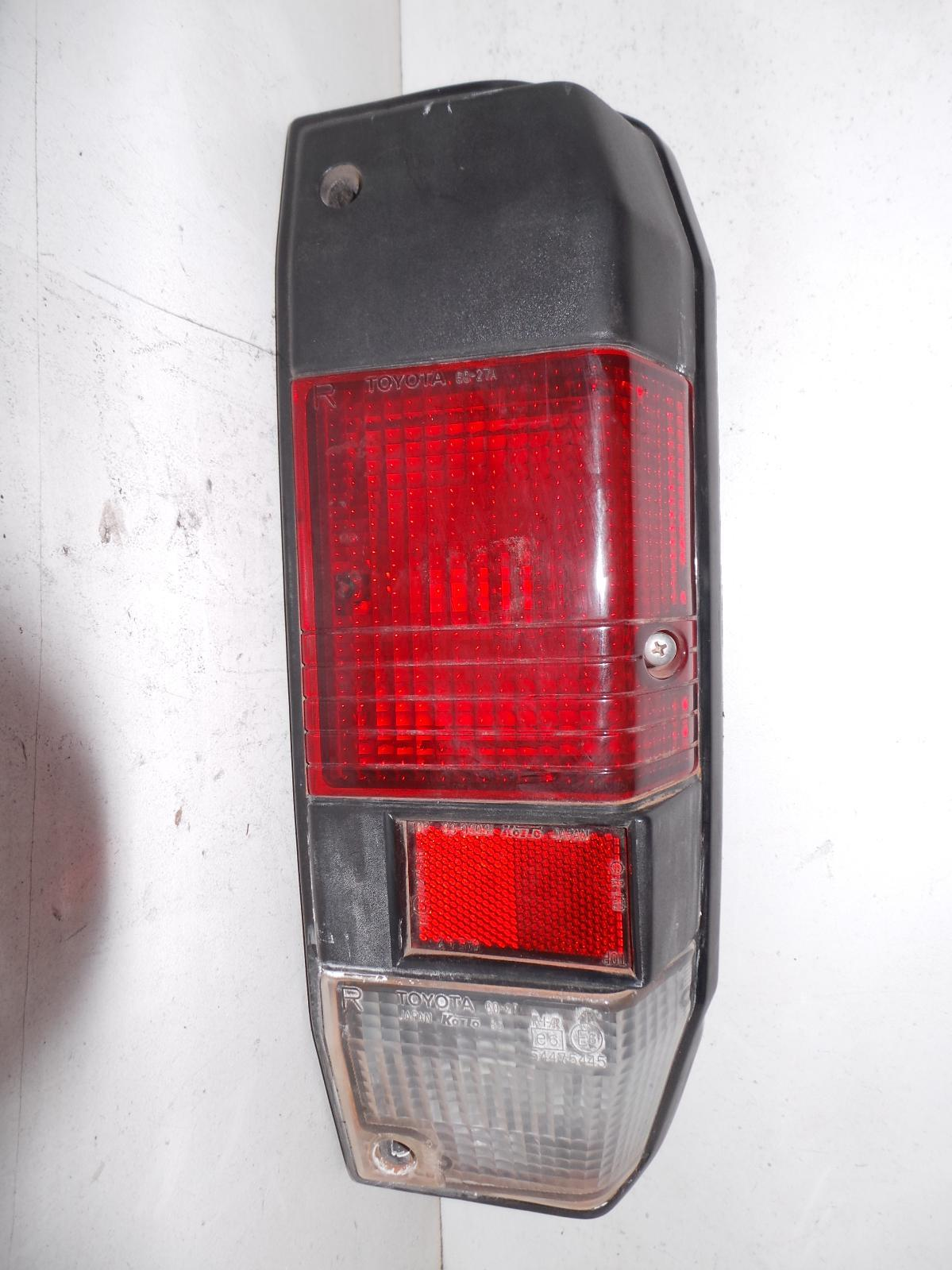 TOYOTA LANDCRUISER, Right Taillight, 78 SERIES (UPDATE), TROOP CARRIER, IN BODY, 03/07-