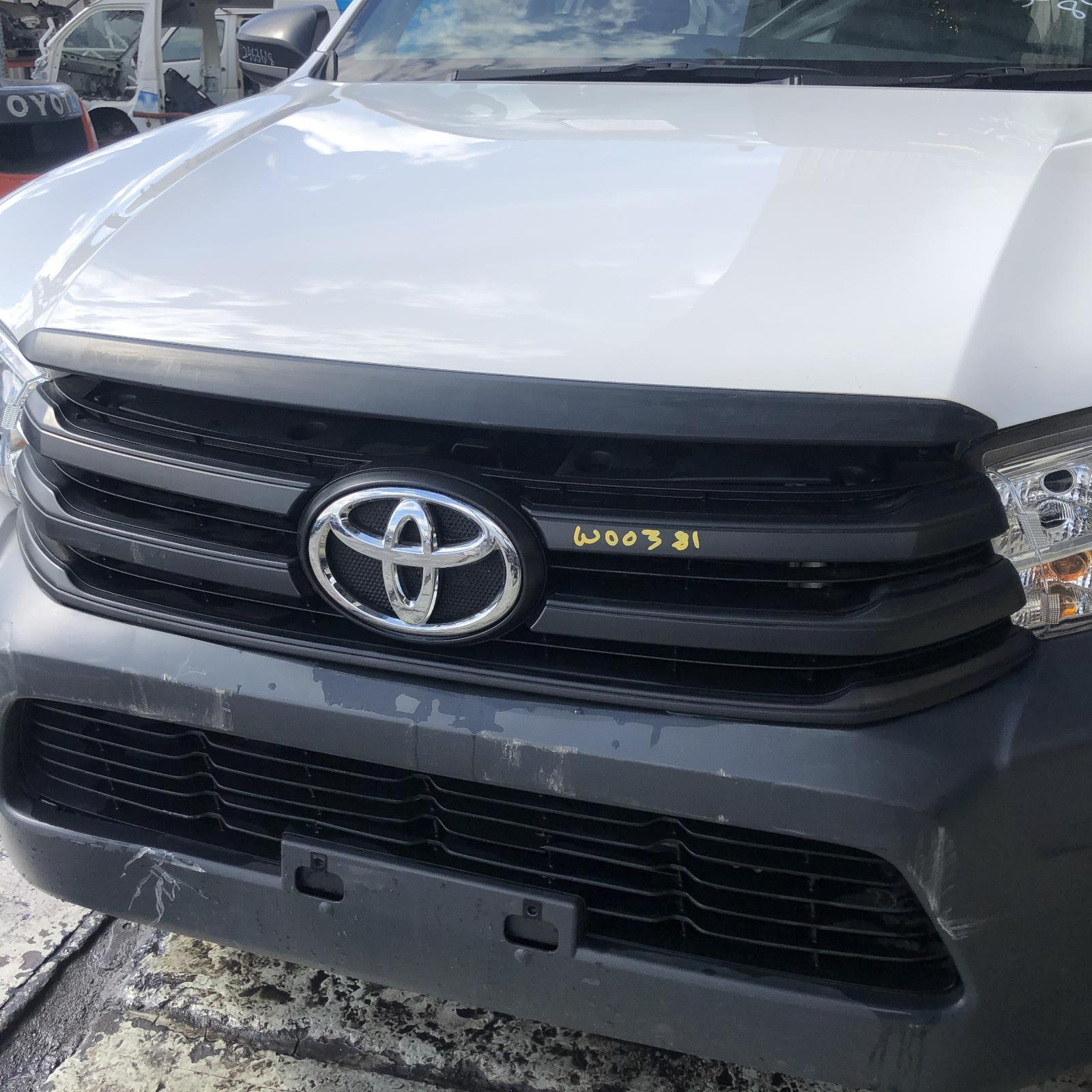 TOYOTA HILUX, Grille, RADIATOR GRILLE, WORKMATE, BLACK, 09/15-