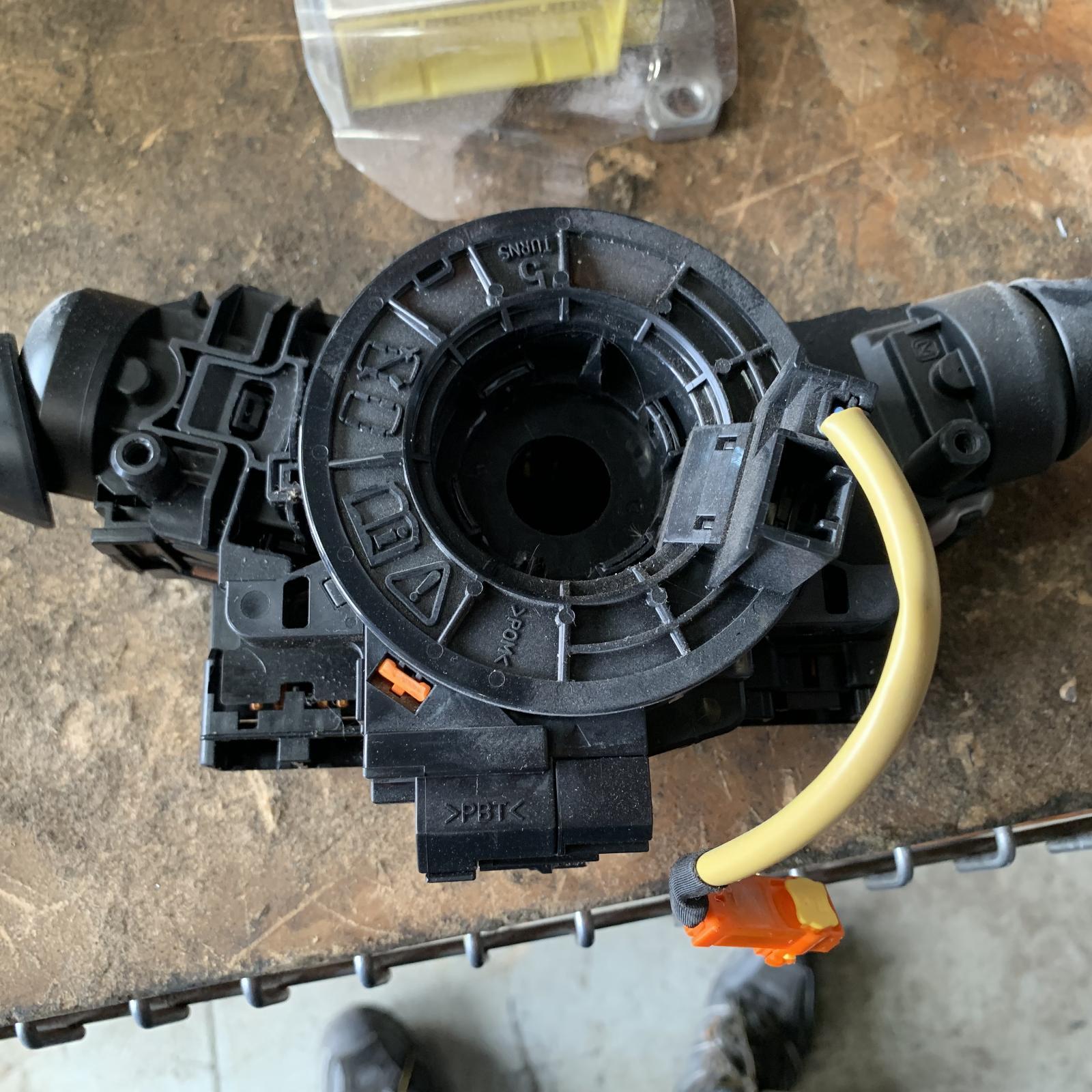 TOYOTA YARIS, Airbag Module/Sensor, CLOCKSPRING, NCP9#, HATCH, 1 PLUG TYPE, 10/05-10/11
