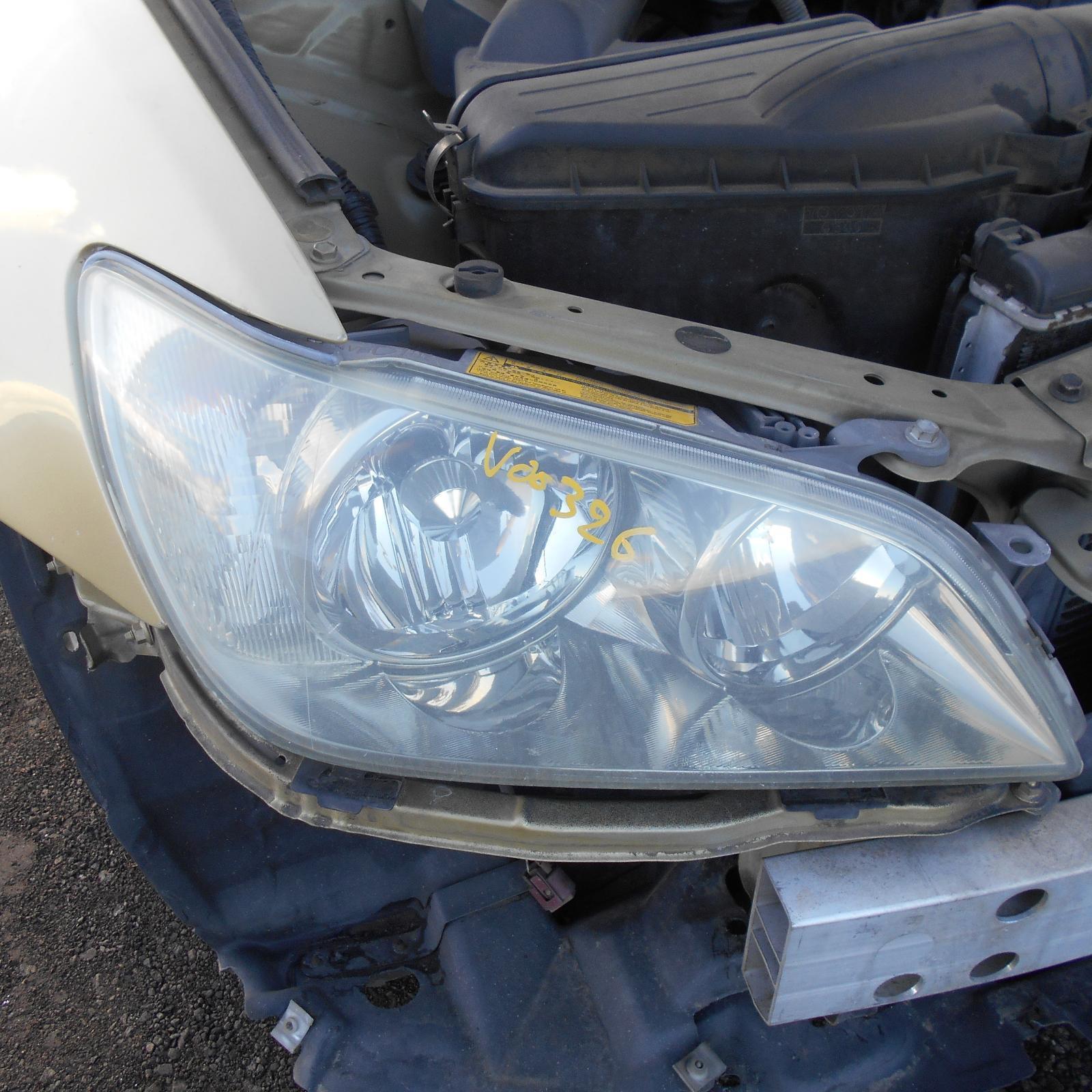 LEXUS IS200/IS300, Right Headlamp, XENON, CLEAR INDICATOR TYPE, KOITO LENS# 53-17, 08/01-07/05