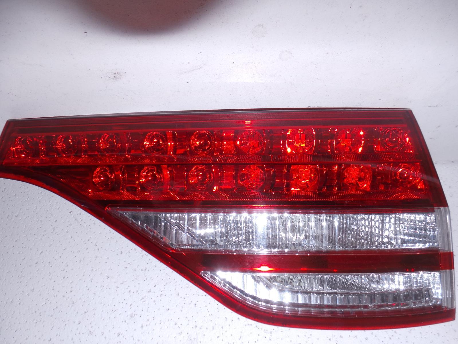 TOYOTA TARAGO, Rear Garnish, TAILGATE LAMP (RH SIDE), ACR50R, 03/06-12/08