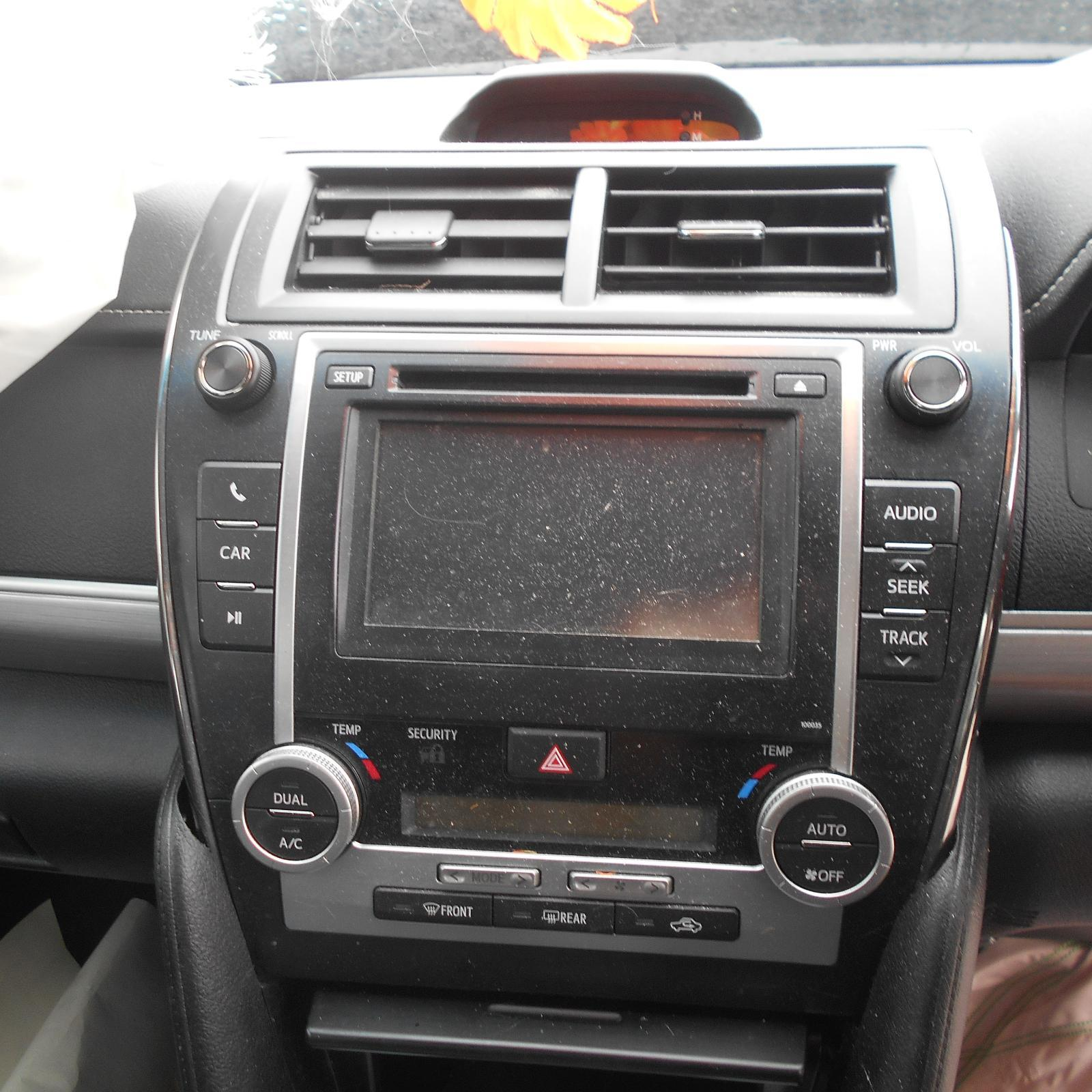 TOYOTA CAMRY, Radio/Cd/Dvd/Sat/Tv, CD PLAYER, TOUCH SCREEN, P/N ON FACE 100035, ACV50, 12/11-04/15