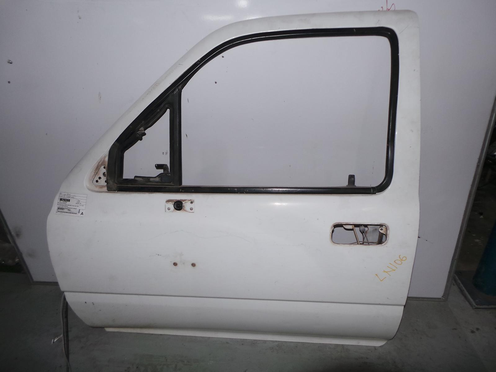 TOYOTA HILUX, Left Front Door, DUAL CAB, 1/4 GLASS TYPE, 10/88-09/97
