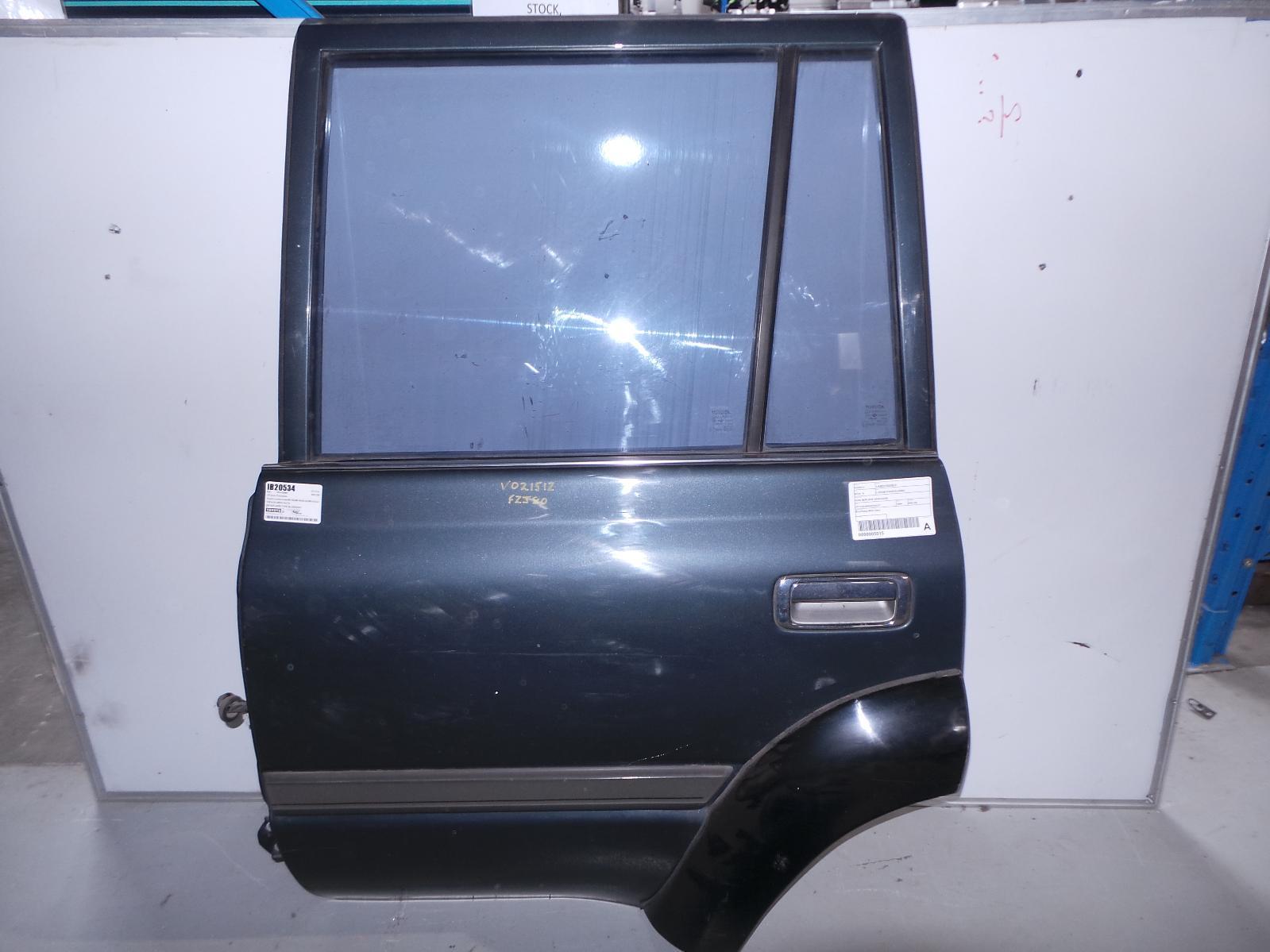 TOYOTA LANDCRUISER, Left Rear Door/Sliding, 80 SERIES, FLARED TYPE, 05/90-03/98