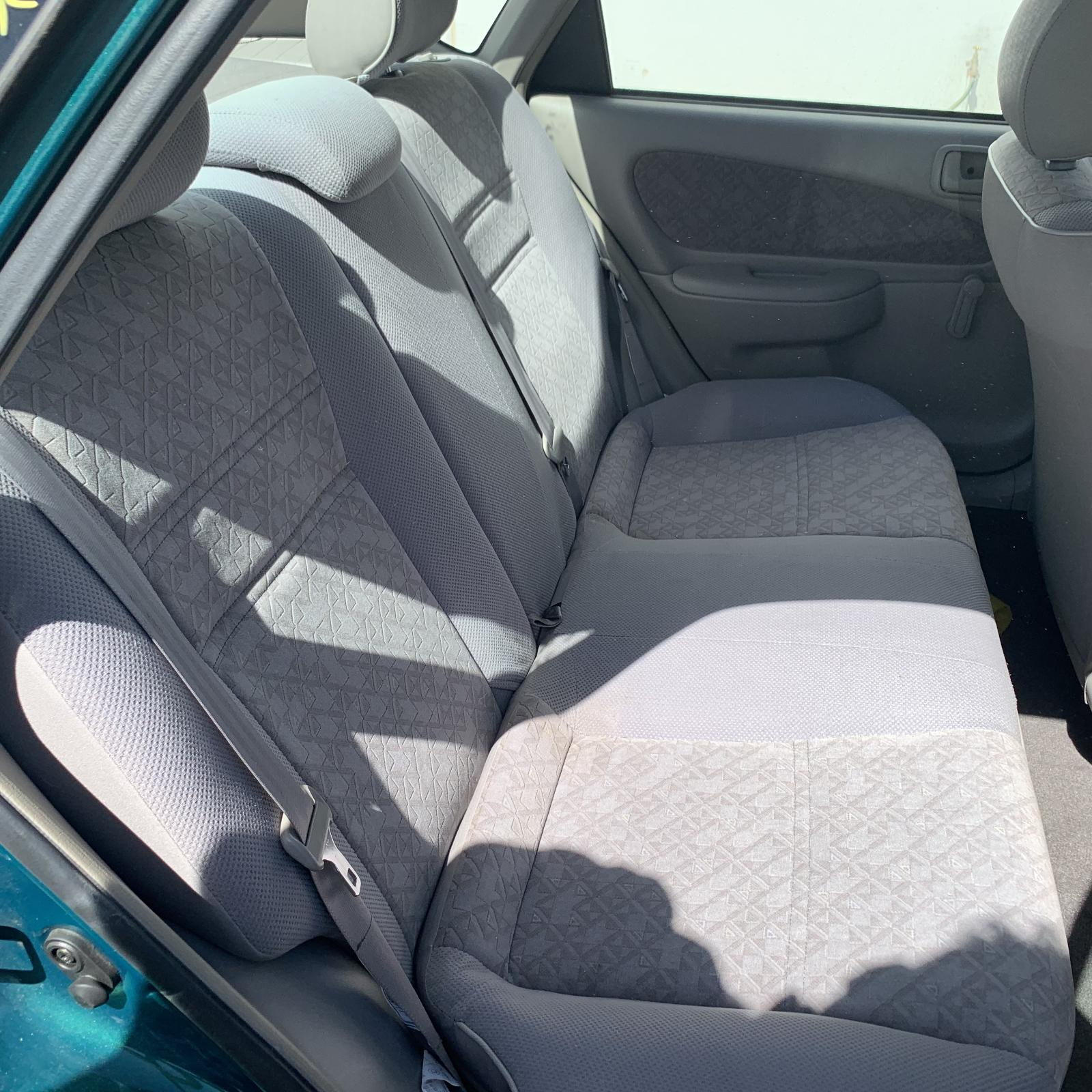 TOYOTA COROLLA, 2nd Seat (Rear Seat), AE112, 5DR, 10/98-11/01