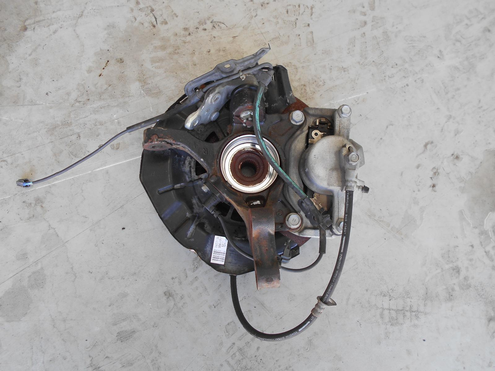 TOYOTA CAMRY, Right Front Hub Assembly, AHV40, HYBRID, 12/09-11/11