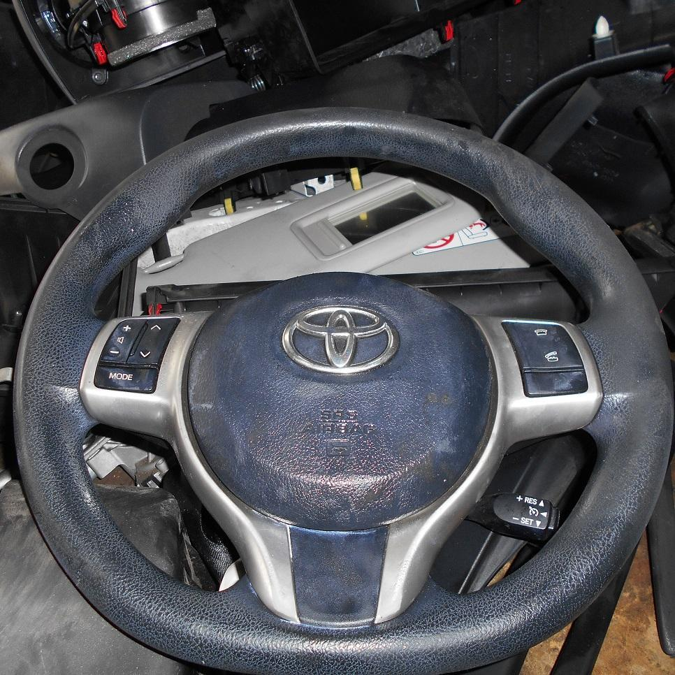 TOYOTA YARIS, Steering Wheel, VINYL, NCP13#, D. GREY, 11/11-