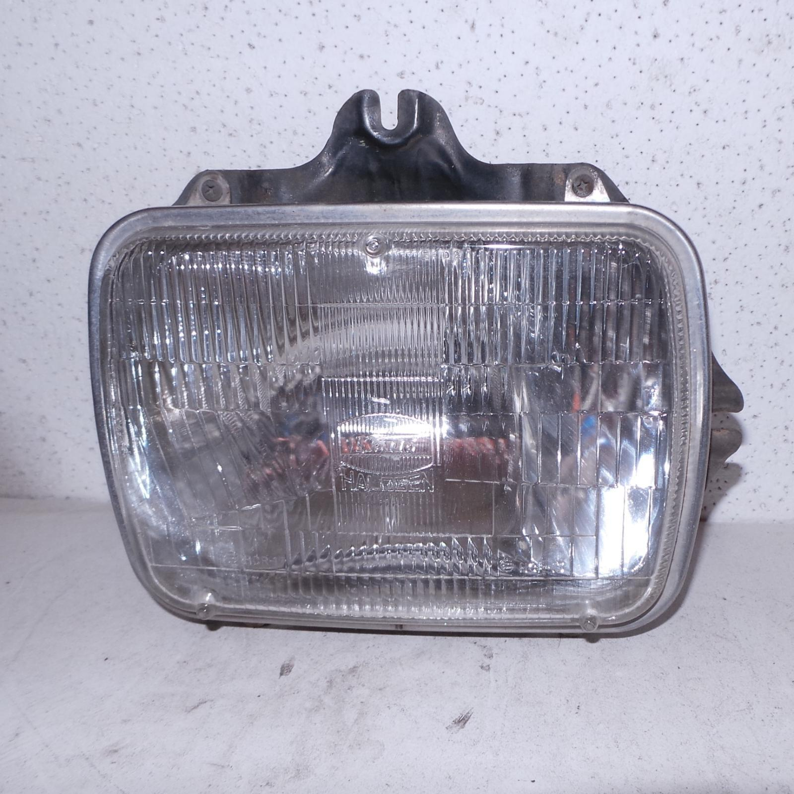TOYOTA HILUX, Right Headlamp, SEALED BEAM, 10/88-03/05