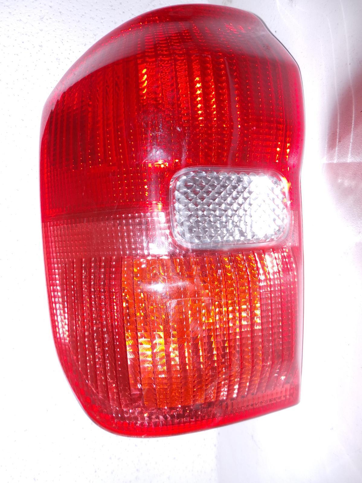 TOYOTA RAV4, Left Taillight, ACA2#R, LENS # 42-26, 07/00-07/03