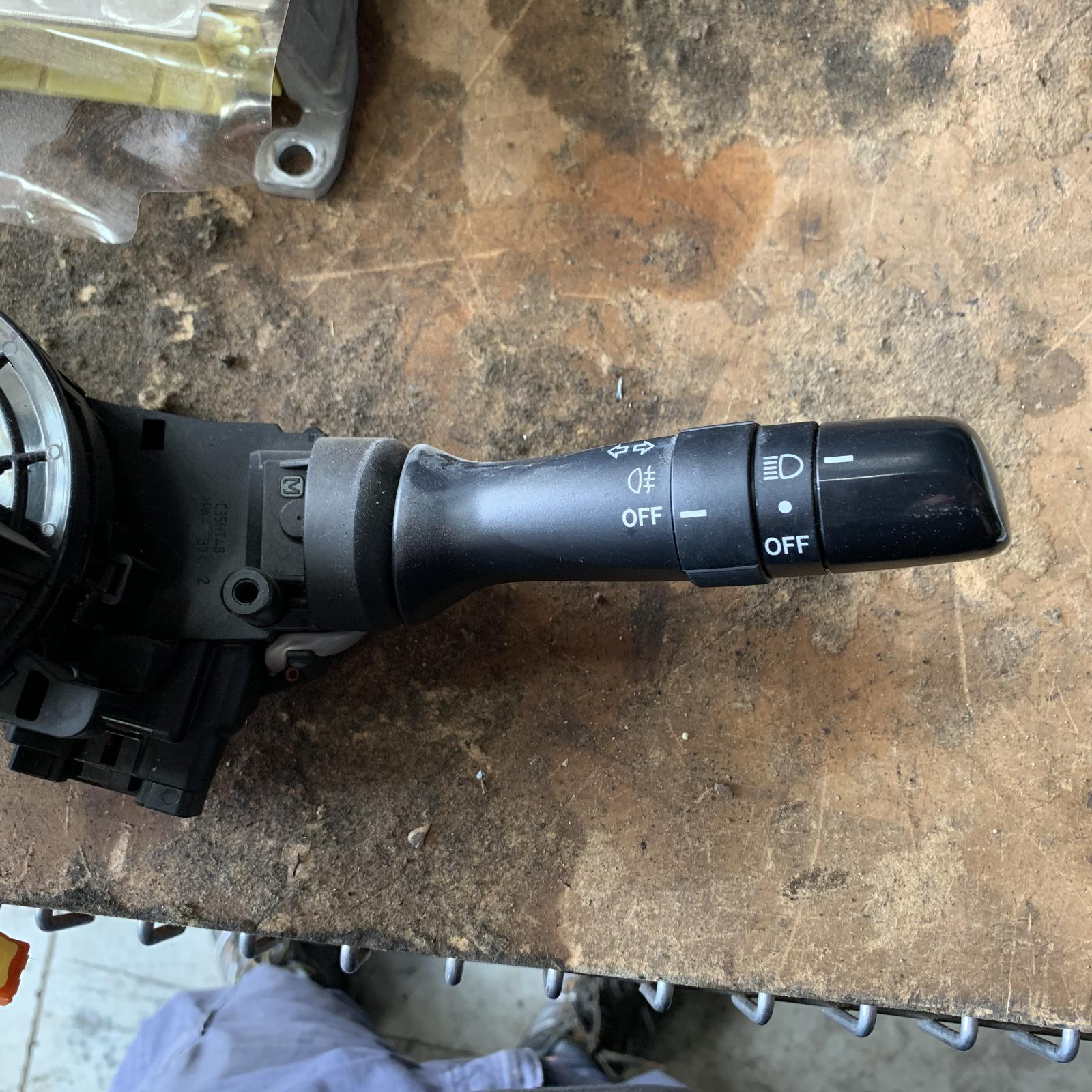 TOYOTA YARIS, Combination Switch, FLASHER/HEADLAMP SWITCH, HATCH, NON FOGLAMP TYPE, NCP9#, 10/05-10/08