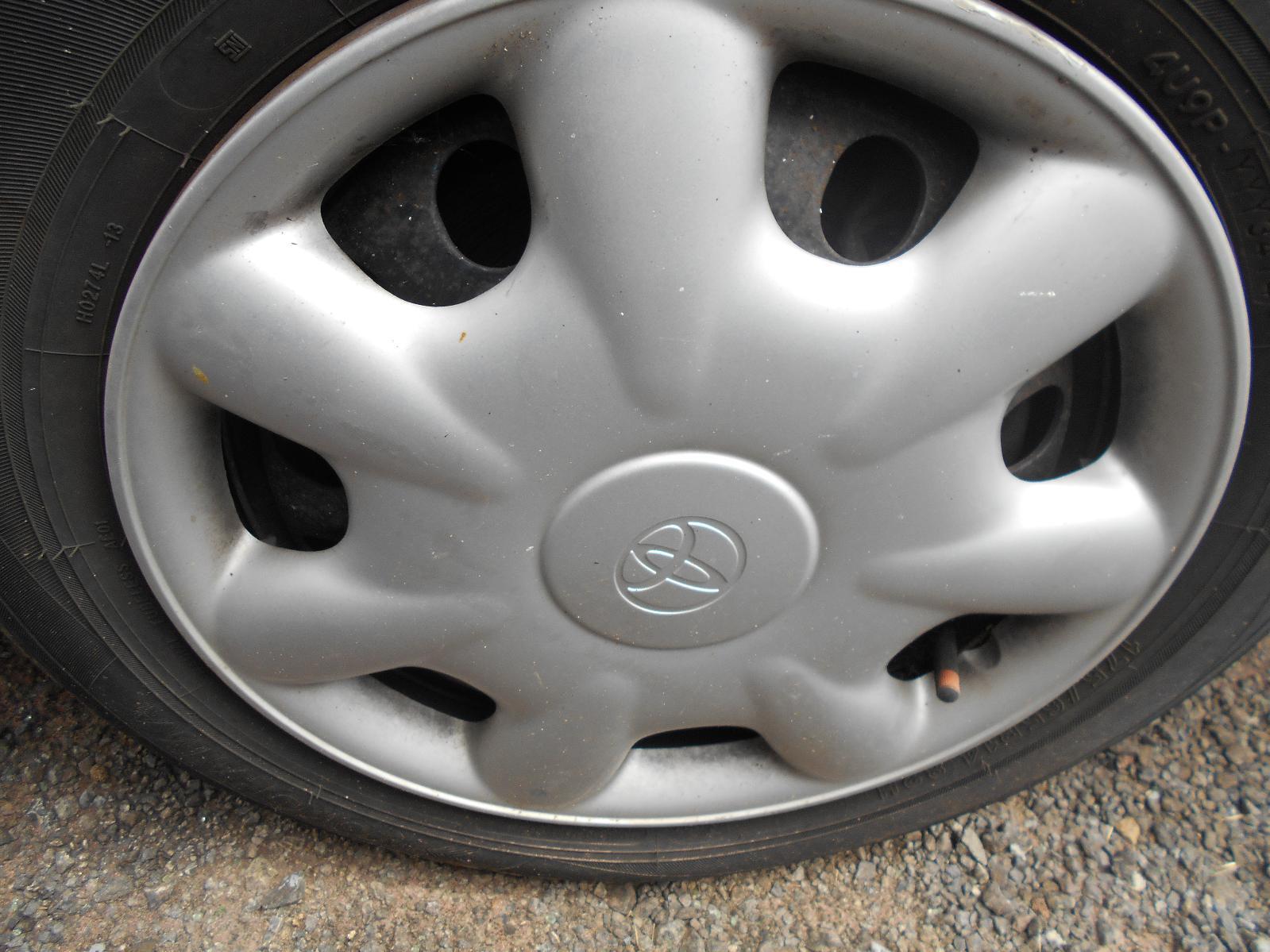 TOYOTA COROLLA, Wheel Cover/Hub Cap, AE112 10/98-11/01