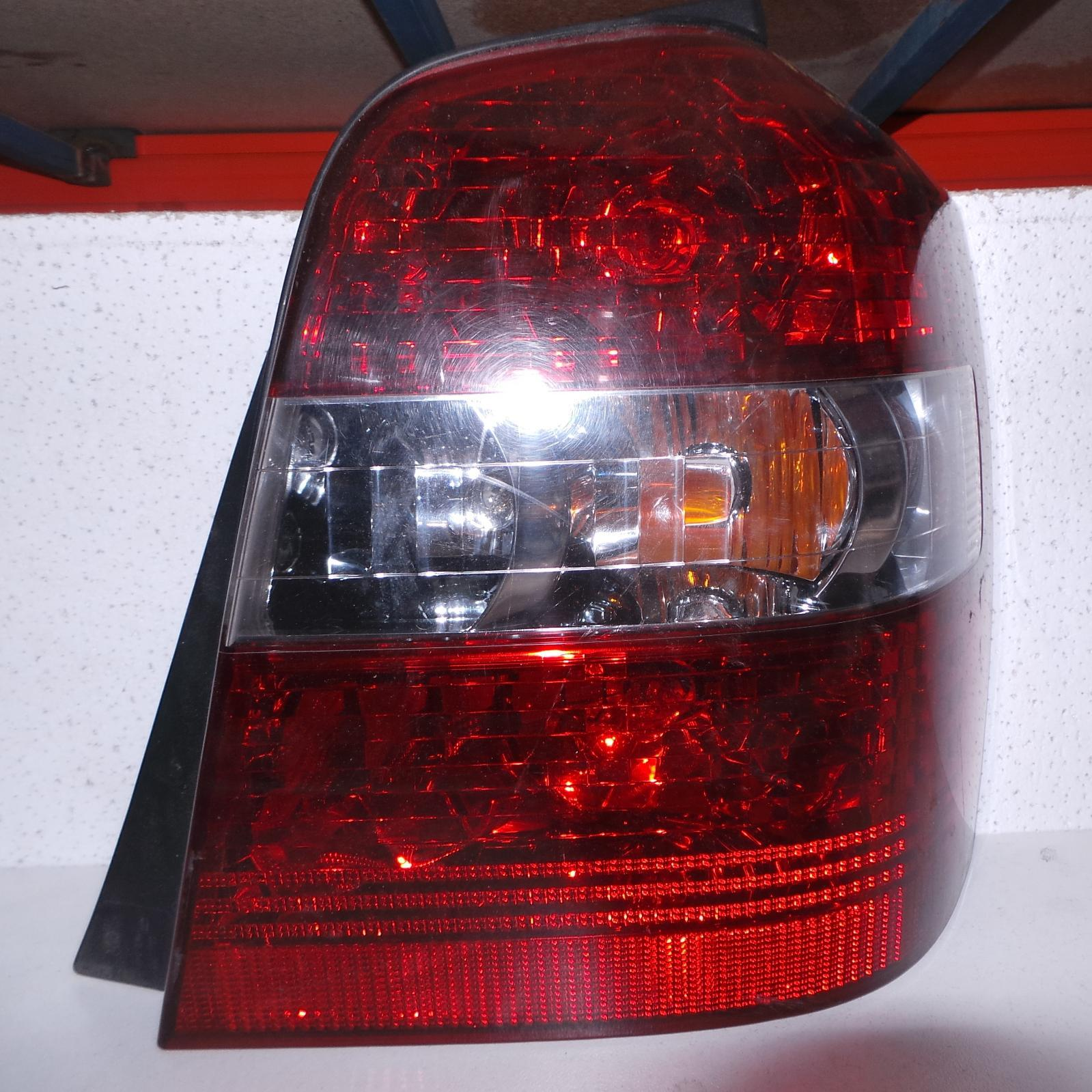 TOYOTA KLUGER, Right Taillight, MCU28R, 01/01-04/07