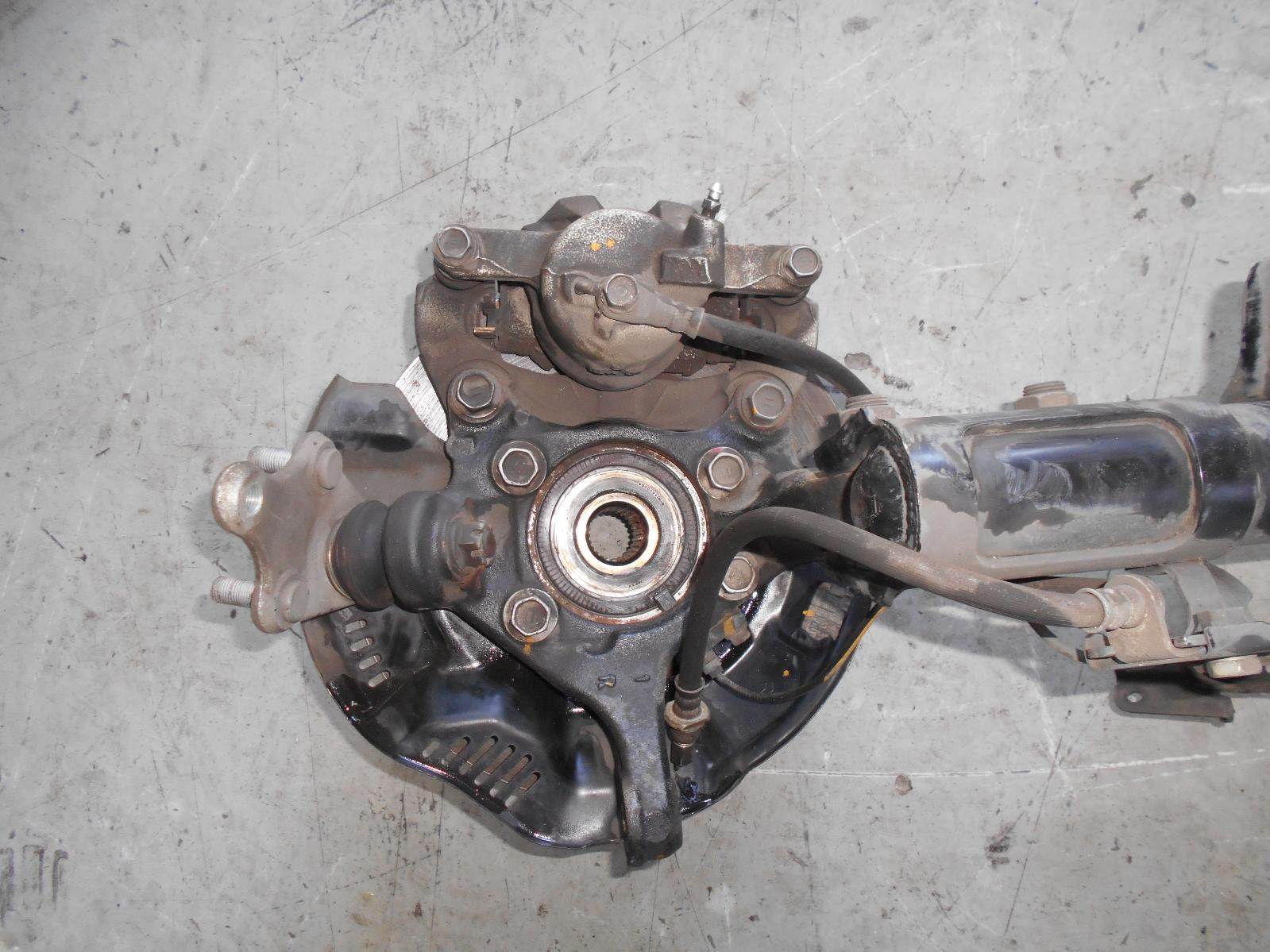 TOYOTA COROLLA, Right Front Hub Assembly, ZRE182R, BOLT ON BEARING CARRIER TYPE, 10/12-