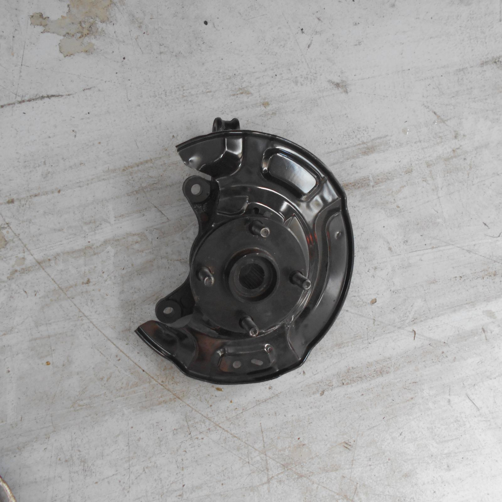 TOYOTA PRIUS, Left Front Hub Assembly, NHP10R, PRIUS C, 03/12-