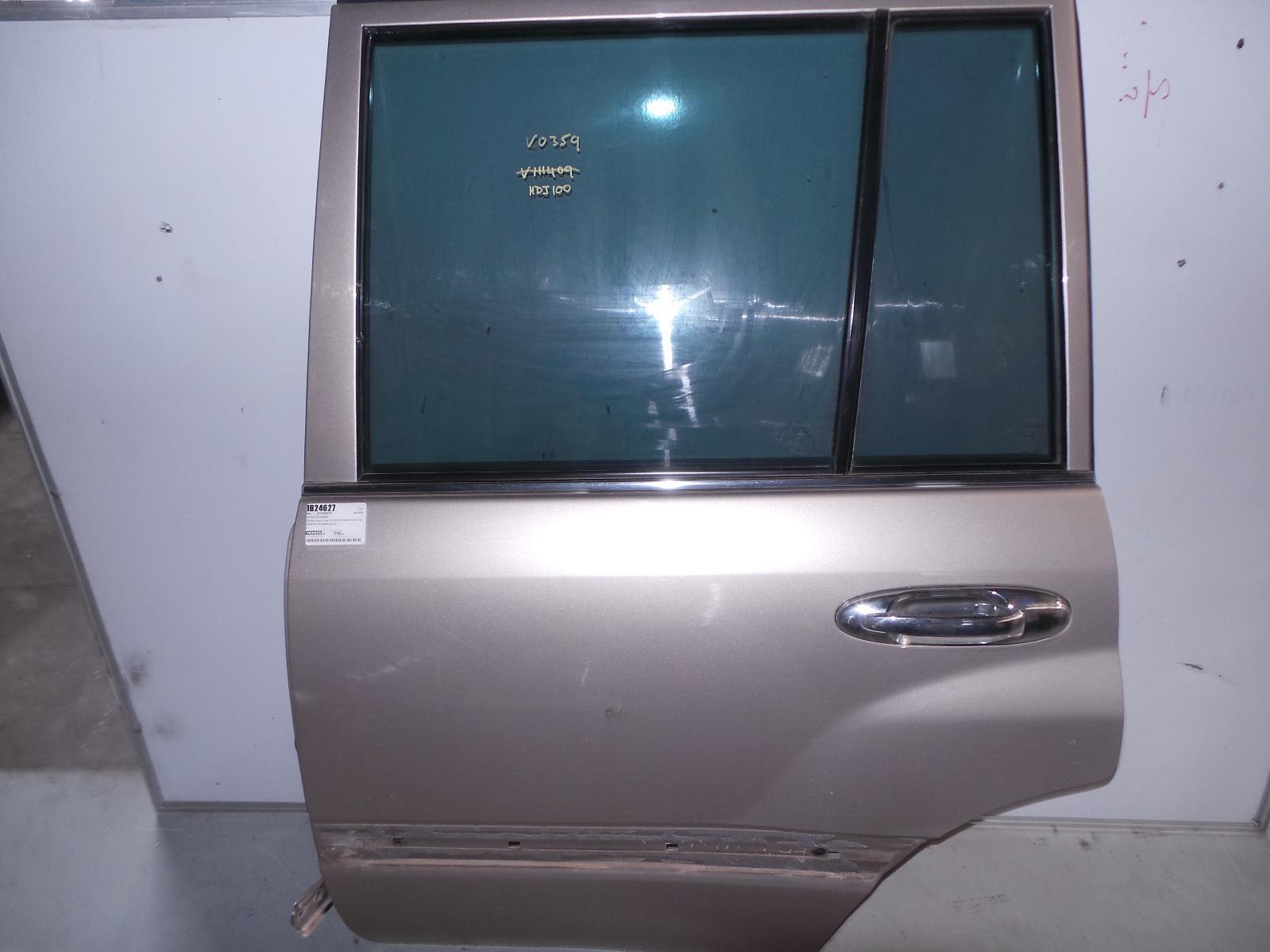TOYOTA LANDCRUISER, Left Rear Door/Sliding, 100 SERIES, GXL/SAHARA, MOULD TYPE, 01/98-10/07