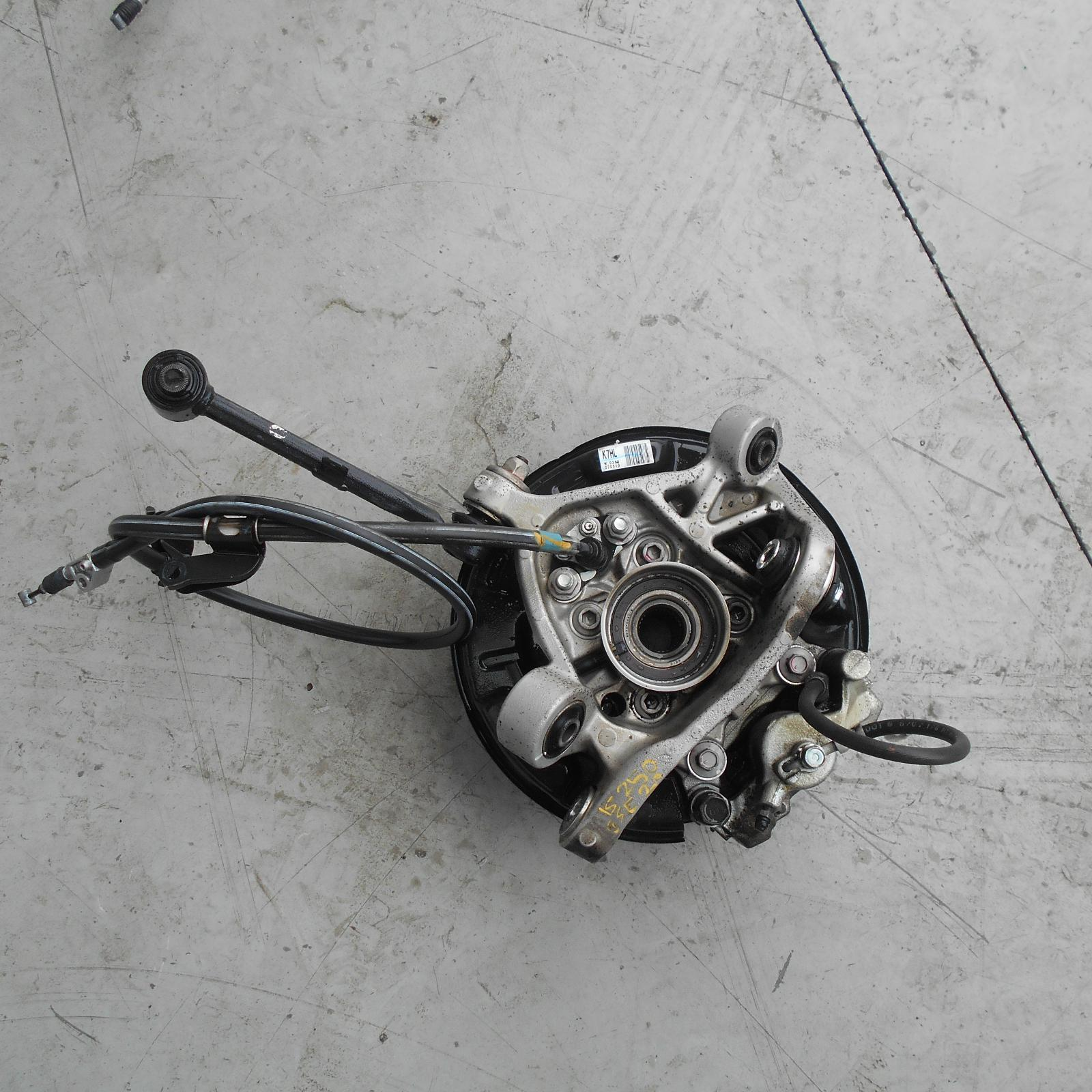 LEXUS IS250/IS250C, Left Rear Hub Assembly, GSE20R 11/05-07/13