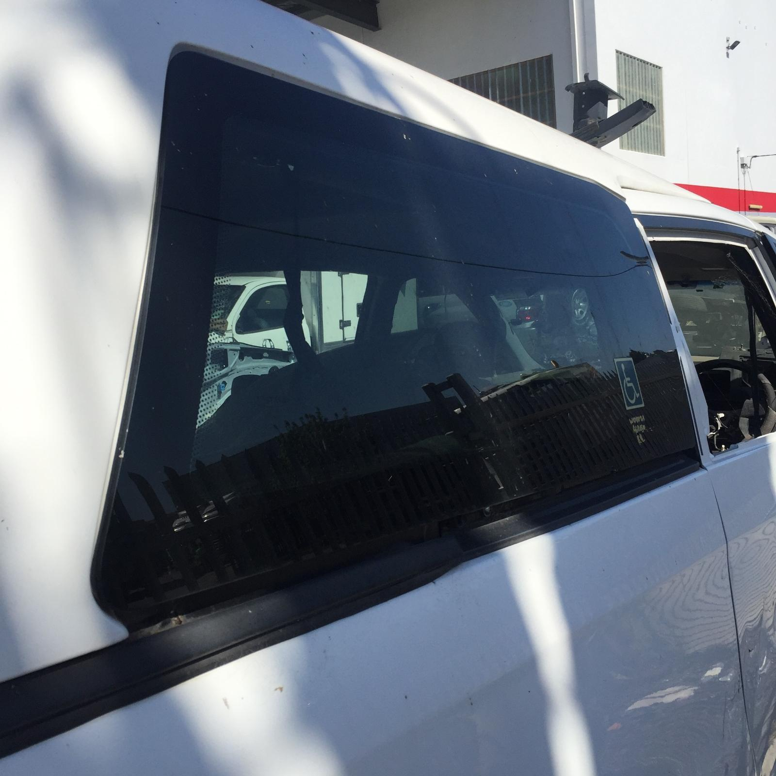TOYOTA TARAGO, Right Rear Side Glass, ACR50R, 03/06-