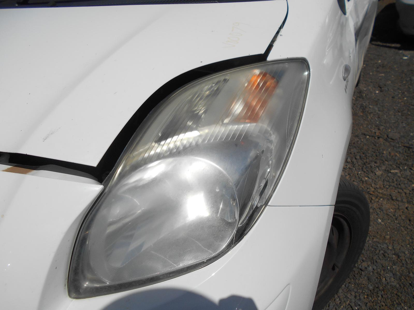 TOYOTA YARIS, Left Headlamp, NCP9#, HATCH, NON HID, ELECT ADJ, LENS# 52-184, 10/08-10/11