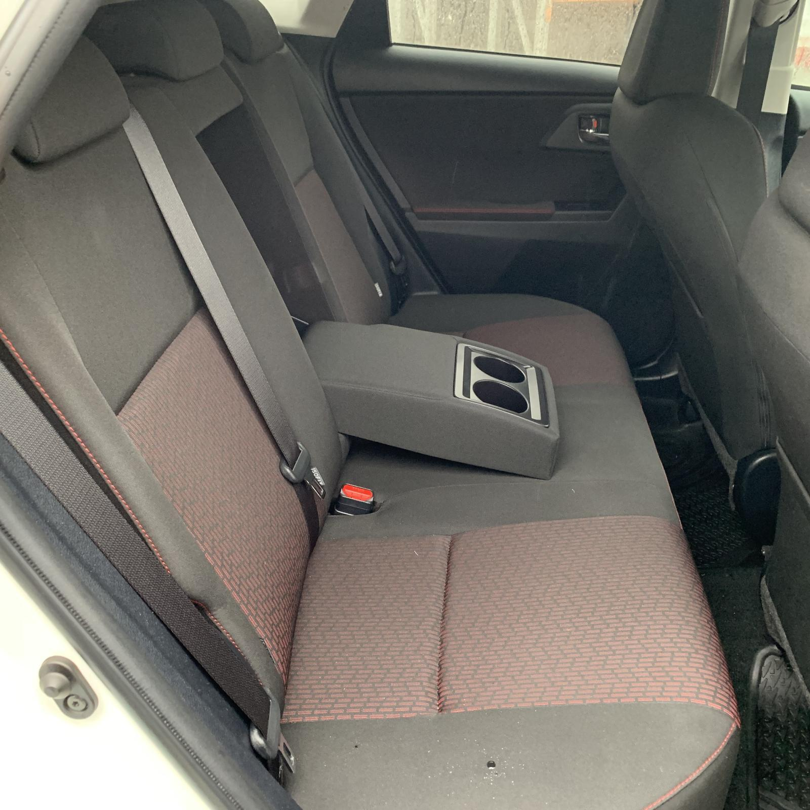 TOYOTA COROLLA, 2nd Seat (Rear Seat), RH REAR, HATCH, ZRE182R, CLOTH, SX, 10/12-03/15