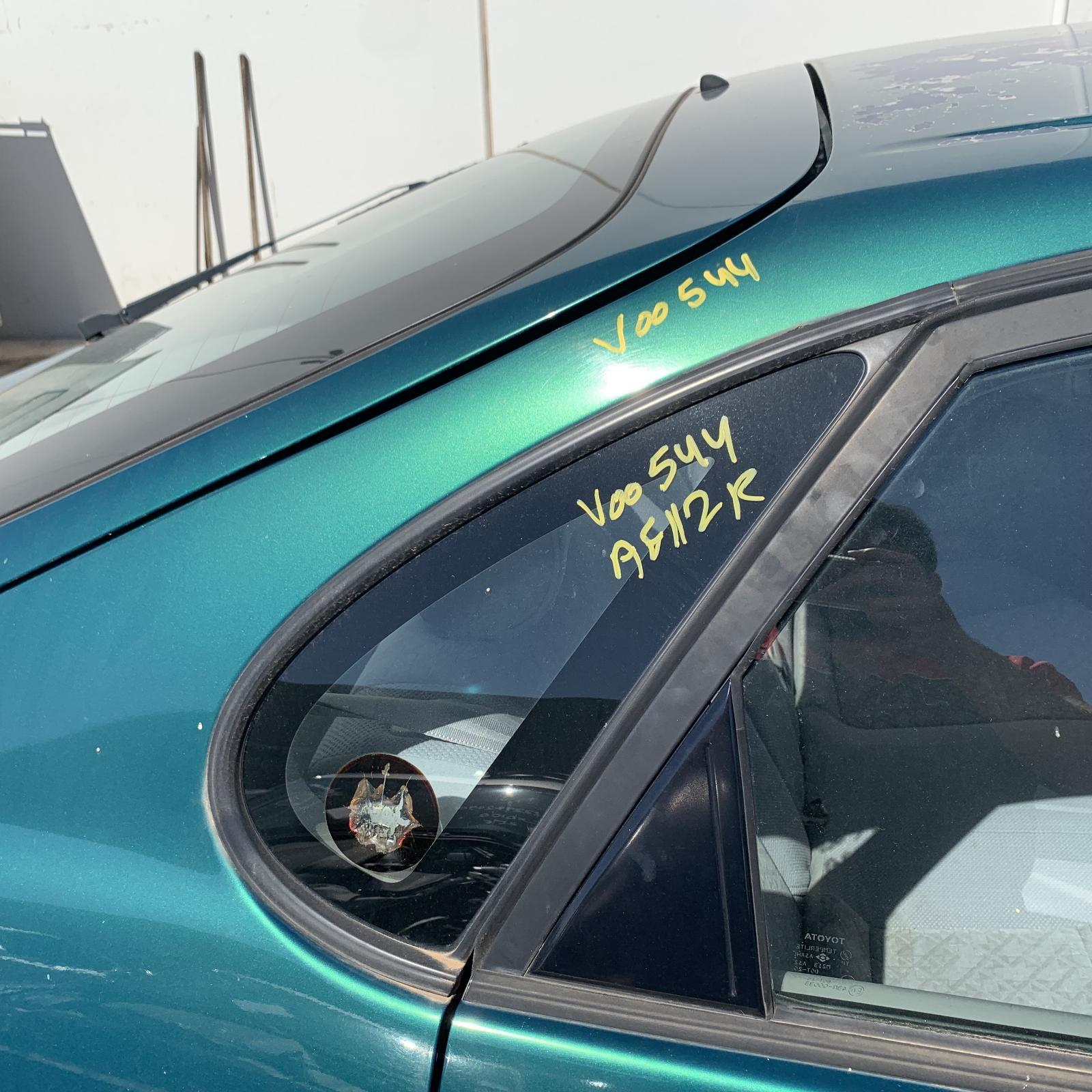 TOYOTA COROLLA, Right Rear Side Glass, 5DR HATCH AE112 10/98-11/01