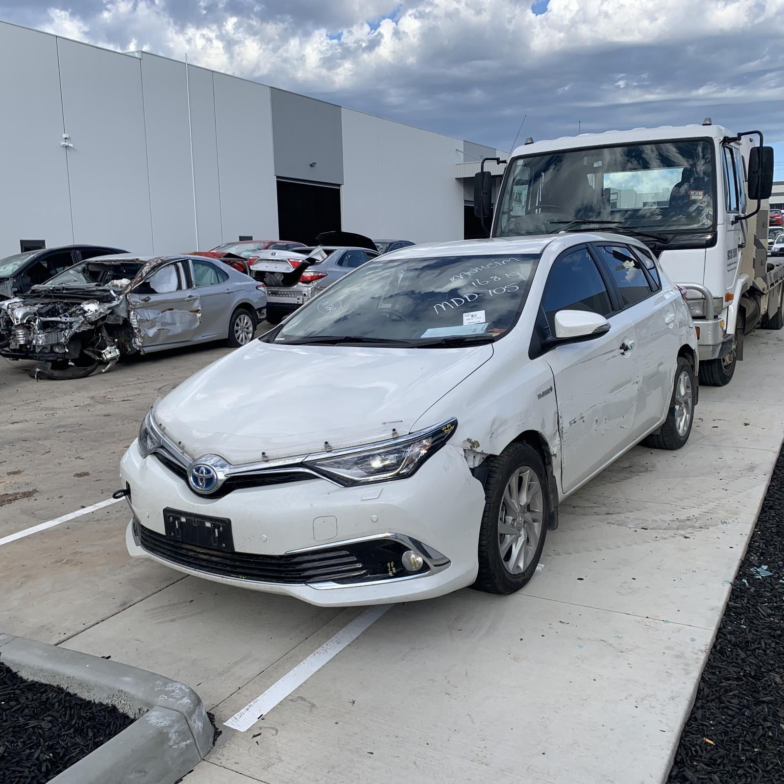 Toyota COROLLA ZWE186 HYBRID 2ZR-FXE 1.8L Engine Automatic FWD Transmission 10/12 - Current