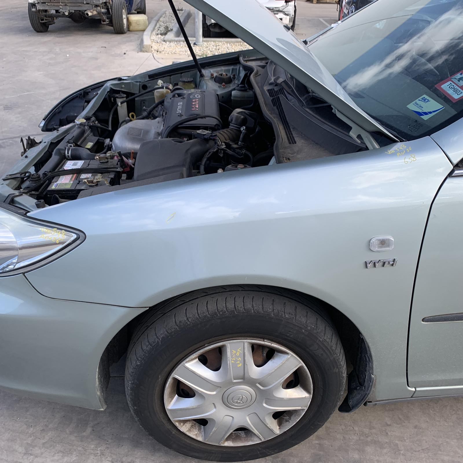 TOYOTA CAMRY, Left Guard, SK36 10/02-06/06