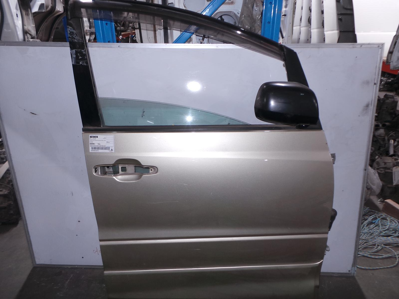 TOYOTA ESTIMA, Right Front Door, XR30/XR40, AERAS TYPE (W/ MOULD HOLES), 00-06 (IMPORT)