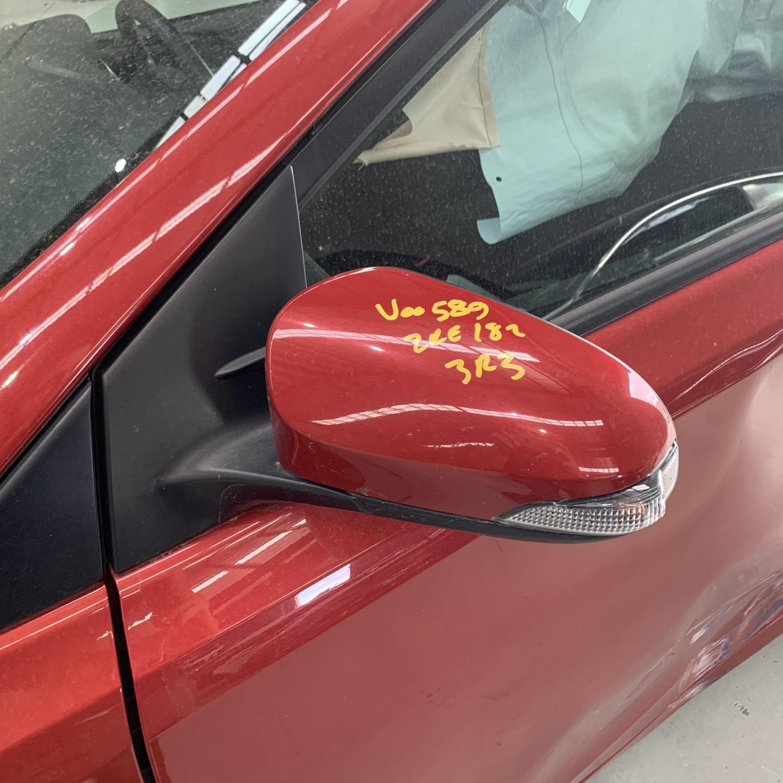 TOYOTA COROLLA, Left Door Mirror, ZRE182R/ZWE186R, HATCH, MANUAL FOLDING TYPE, 10/12-