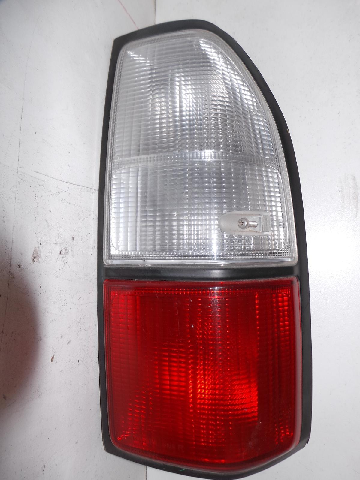 TOYOTA PRADO, Right Taillight, 95 SERIES, IN BODY, 08/99-01/03