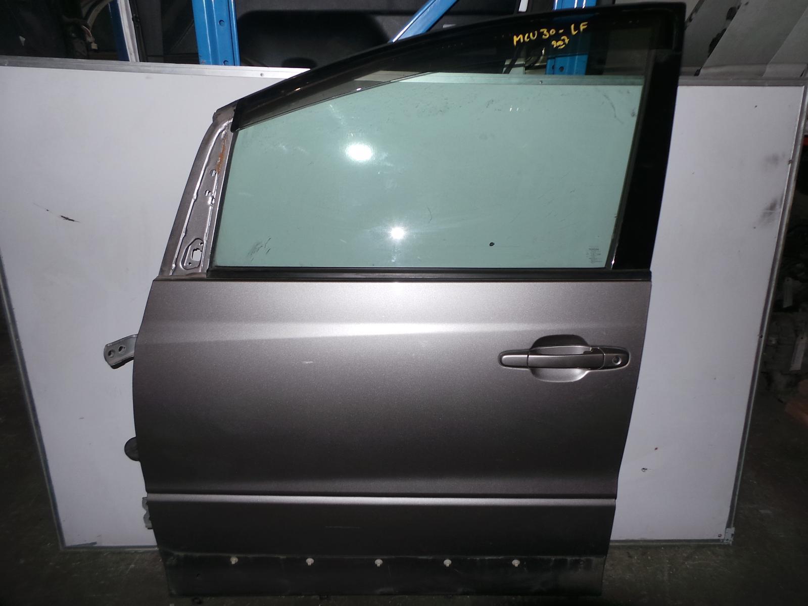 TOYOTA ESTIMA, Left Front Door, XR30/XR40 00-06